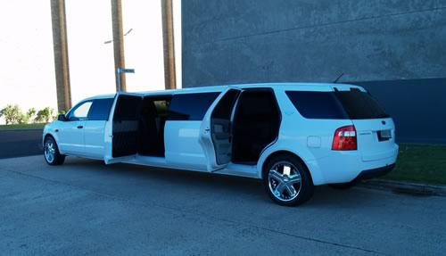 Ford territory 13 seat limo hire